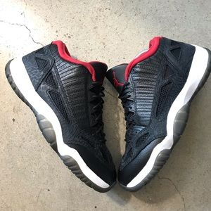 Air Jordan 11 Retro Low 'IE' 2011 Size 9